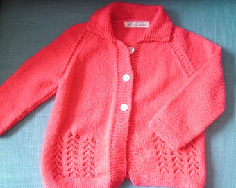 Hand knitted girl's vintage  lacy red acrylic cardigan 3 - 4 yrs old 80s
