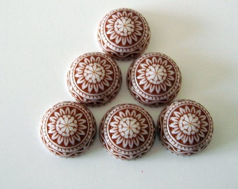 Vintage  Cabochons Etched Mosaic White and Brown 10mm.