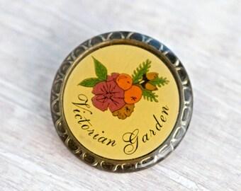 Victorian Garden Lapel Pin - Vintage  Gardening Badge
