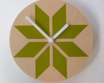 Objectify Retro Shuriken Wall Clock
