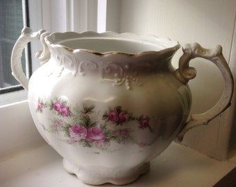 Vintage sugar bowl, shabby chic sugar bowl, vintage china