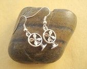 3D Fan Earrings Anitqued Pewter DE-61