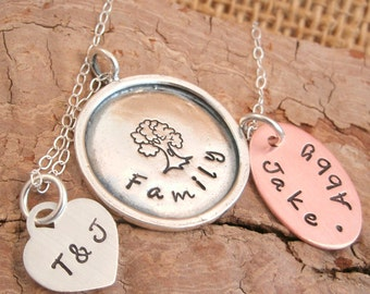 Tree of Life Necklace - Mother's Necklace - Personalze - Family Necklace  -  Family Tree - Mother's Day Gift - Personalized
