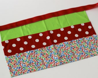Classroom Apron- Large Dots and Numbers (red)