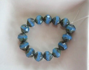 Cornflower Milky Picasso Central Cuts 8mm Czech Glass Beads 15 Pieces (B112)