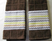 SALE 50% OFF--A Set of 2 Brown Hand Towels- Scallop