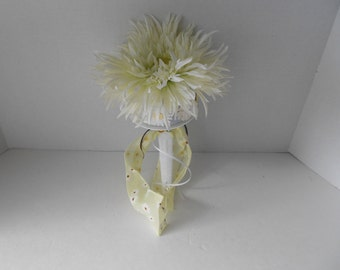 Daisy Toss Bouquet Alternative Bouquet