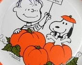 Vintage Halloween Paper Plate  Peanuts Snoopy70s Paper Ephemera The Great Pumpkin Scrapbook Supplies Artistic Assemblage Mixed Media Recycle