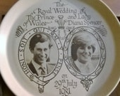 Charles and Diana souvenir Wedding Plate from 1981 - Honiton Pottery
