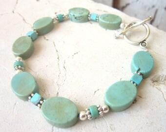 Turquoise Bracelet. Turquoise Howlite Bracelet. Turquoise Jewelry. Green Turquoise Toggle Bracelet. Southwest Jewelry