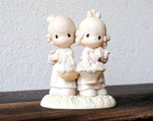 """1985 Precious Moments Friendship Figurine Statue, """"To My Forever Friend"""" Gathering Flowers"""