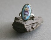 Vintage 1970s Finift Ring in Hand Painted Turquoise Blue Enamel, size 8