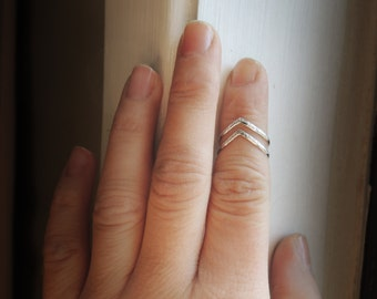 Set of 2 Shiny Rustic Chevron Knuckle Rings - Stacking Rings - Sterling Silver 925 - Sustainable Silver - 14 gauge - Made to Order