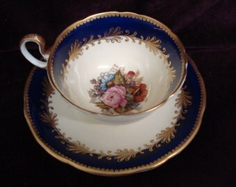 Special Vintage CUP and SAUCER SET - Aynsley Bone China - Made in England -  Artist signed  S A Bailey
