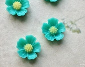 11 mm Lake Green Little Resin Flower Cabochons  (.s)