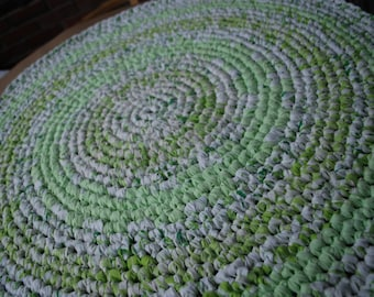 Light green and white handmade circle rug