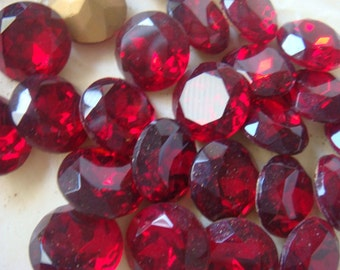 Rare Vintage Red Siam Ruby  Rhinestone Crystals 60ss Lot of 24