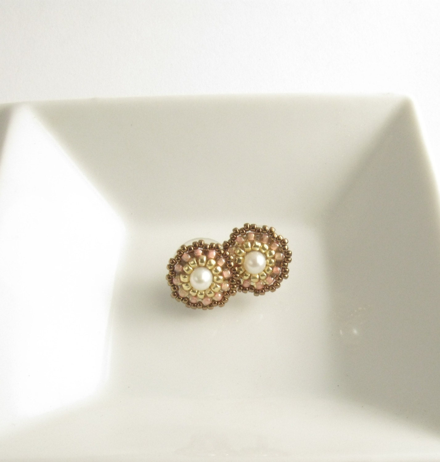 small round studs earrings, light peach pearl post earrnigs,beadwork handmade earrings, israel