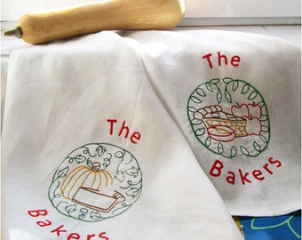 Thankgiving Gift Thanksgiving Towel Fall Kitchen Towel Pesonalized Hostess Gift Embroidered Linen Apple Pie Towel Pumpkin Pie Towel