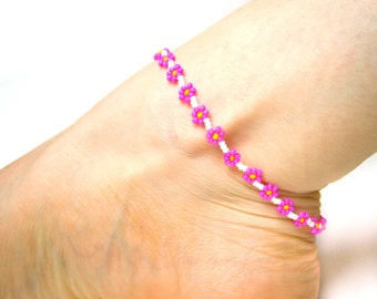 Hot Pink Flower Anklet, Daisy Chain Ankle Bracelet, Neon Pink Anklet, Beach Jewelry UK