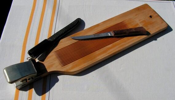 Fisherman 39 s 70s vintage wooden fish fillet board built in for Fish fillet board