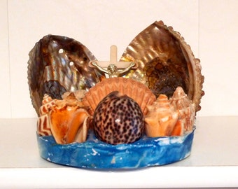 Sea shell Lamp Grotto Vintage Jesus Shell Shrine with Crucifixion Religious theme nautical art beach desk office kitchen