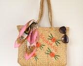 kitschy souvenir tote / bahamas straw palm tote / raffia bag