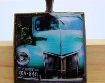 Photo Pendant, Resin Pendant, Vintage Truck, Blue, Green, Florida, Unisex, Square, 1 inch, Antique Bronze