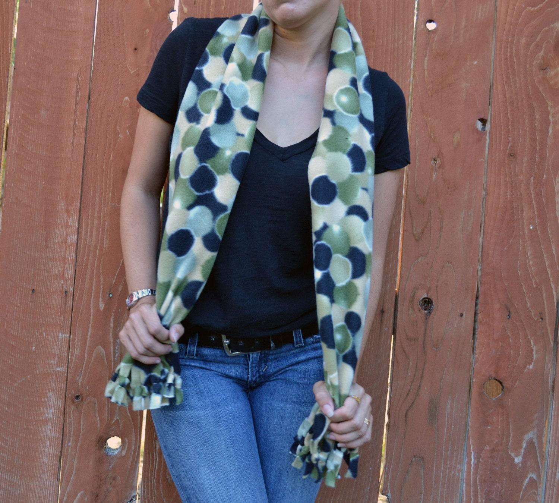 unisex scarf fleece no sew scarf neck warmer in camouflage
