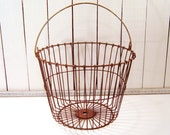 Rusty Apple Basket, Egg Basket, Vintage Wire Basket, Gathering Basket, Fall Autumn Decor, Large Basket, Rustic, Country, Primitive Decor - FrogLevelFarm