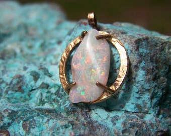 Opal and 22k gold pendant
