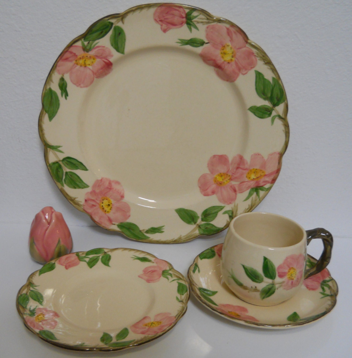 Franciscan ware desert rose dinnerware dishes for Cuisine rose