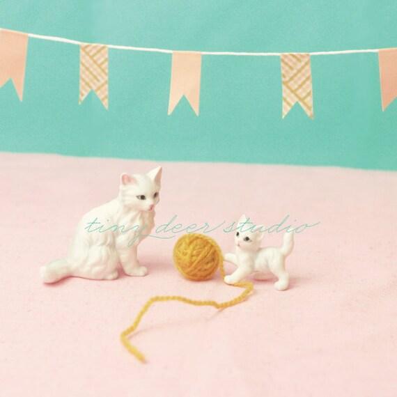 Yarn Party - 8x8 PRINT