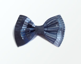Pre Tied Bow Tie, Gray Abstract Printed One-of-a-kind Pre-tied Bow Tie for Men, Wedding and Gift / READY TO SHIP