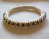 Bead Crochet: Tennis Bracelet (32 Swarovski Crystals)