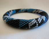Bead Crochet Bangle:  Shapes Variation 4