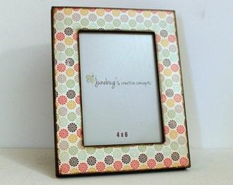 4x6 Wood Photo Frame Cute Flower Print ~ Multi Color Frame ~ Girly Gift ~ Little Girl Room Decor ~ Baby Picture Frame ~ Spring Flower Frame