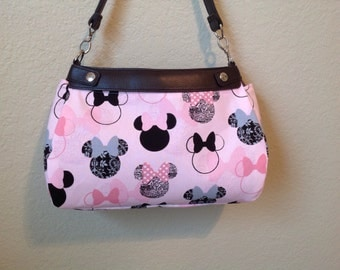 Minnie Mouse Pink with black and pink outlines outline SUITE skirt Purse Skirt HANDMADE Thirty One skirt
