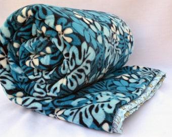 Summer floral blues cuddle fleece appliqué large blanket, travel blanket