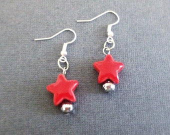 Ceramic Star Earrings. Yellow or Red. Beaded Earrings. Simple. Whimsical. Colorful. Fun. Under 10. Gifts for Her. Silver. Dangle Earrings.