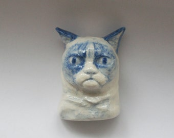 Grumpy Cat Brooch, Delft Blue Style Glazed Porcelain Co-meme-orative Minature