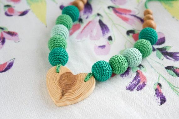Emerald Heart Teething Necklace, Nursing Necklace - Heart Shaped Wood Pendant - Baby Teether, Breastfeeding, Babywearing - FrejaToys