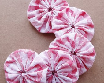 fabric yoyos of recycled contrasting shades of pink and white textured checked fabric--lot of 5--ready to ship