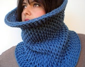Hourglass Cowl Super Soft  Neckwarmer Unisex Double Face Reversible Big  Chunky Cowl