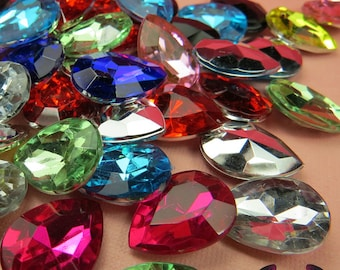12 pcs ACRYLIC GEMS Small Faceted Teardrop Decoden Rhinestones 18x13mm
