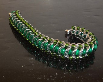 Green Glass Caterpillar Chainmaille Bracelet 7 inch