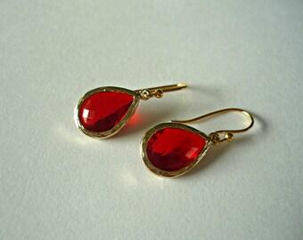 Red drop earrings, July birthstone earrings, red dangle earrings, faceted red earrings,red gold dangle earrings, drop earrings, gift ideas