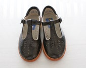 Vintage Girls Black Leather MaryJane Shoes