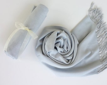 SILVER GRAY ( Light Gray ) Pashminas. Bridesmaid Silver Gray Shawl. Pashmina Scarf. Wedding Favor