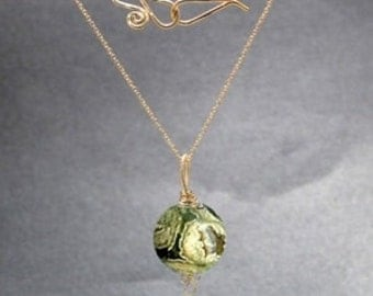 Large smooth rain forest agate Necklace 1-78